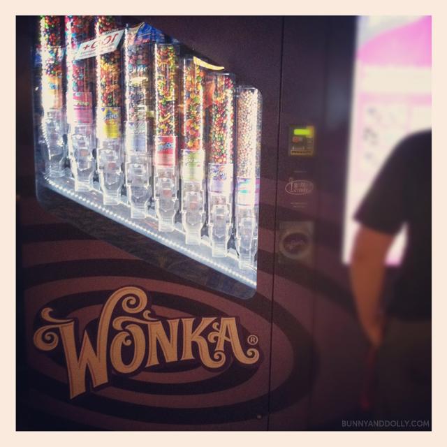 willy wonka candy machine