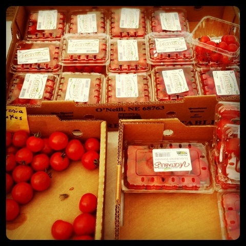 flavorino tomatoes at farmer's market