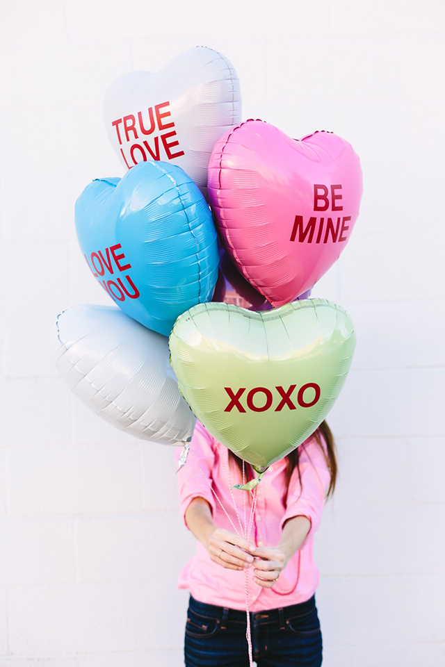 DIY conversation hearts balloons