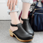 How to wear clogs this fall