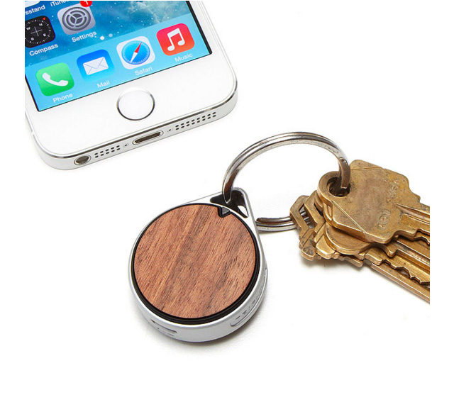 Bluetooth Tracking Tag keychain from UncommonGoods on A Girl Named PJ