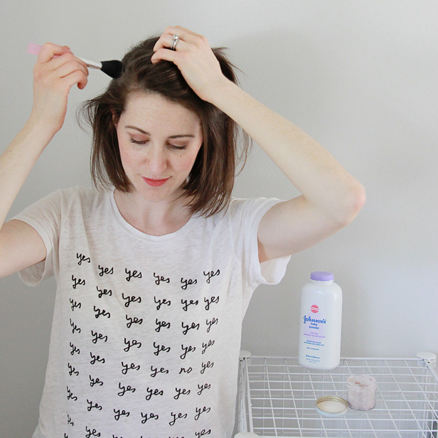How to make and apply DIY dry shampoo for brown hair | A Girl Named PJ