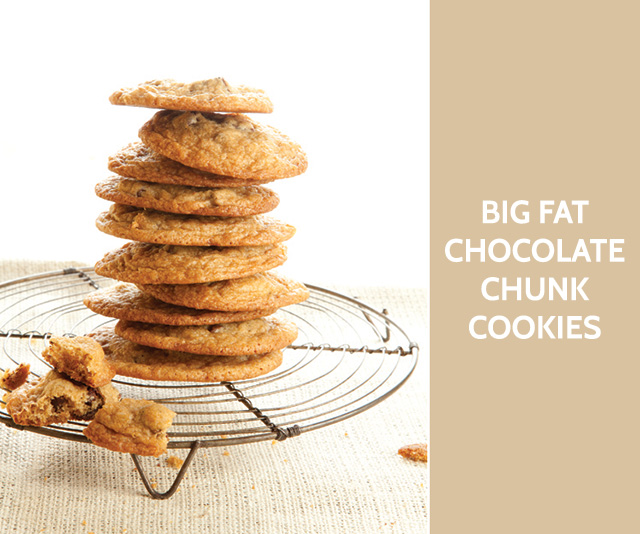 big fat chocolate chunk cookies #recipe #baking bunnyanddolly.com