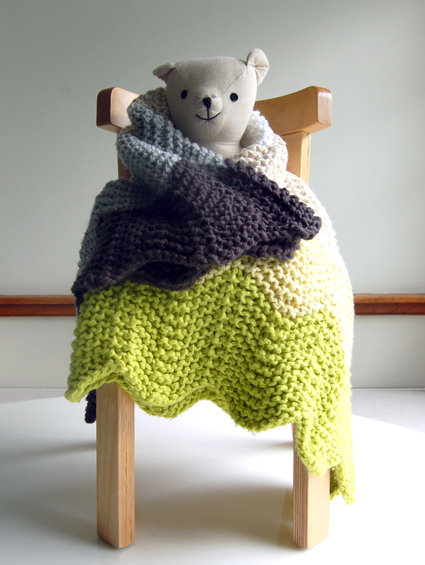 chevron-blanket-bear-chair