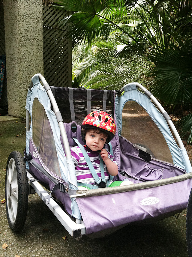 child bike trailer | bunnyanddolly.com