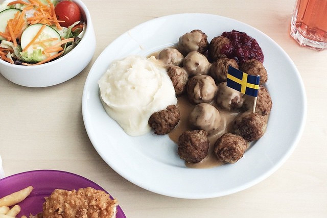 The funniest IKEA video (that has nothing to do with Swedish meatballs)