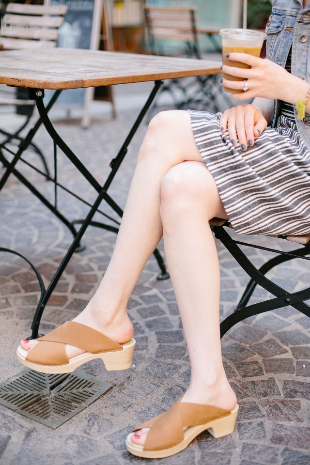 Sven clogs: The perfect sandals for late summer style | A Girl Named PJ