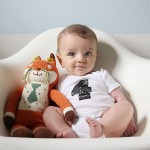 levi's monthly baby photo (four months old)