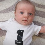 levi's monthly baby photo (one month old)