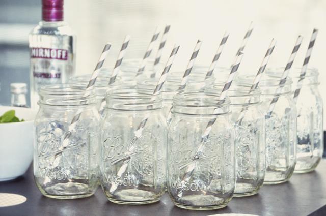 baby shower lemonade bar | minted party decor www.bunnyanddolly.com