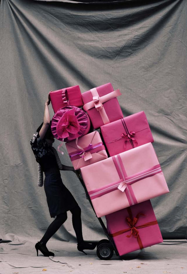 Pink presents! Check out the 19 days of giveaways from The Holiday Collective on A Girl Named PJ