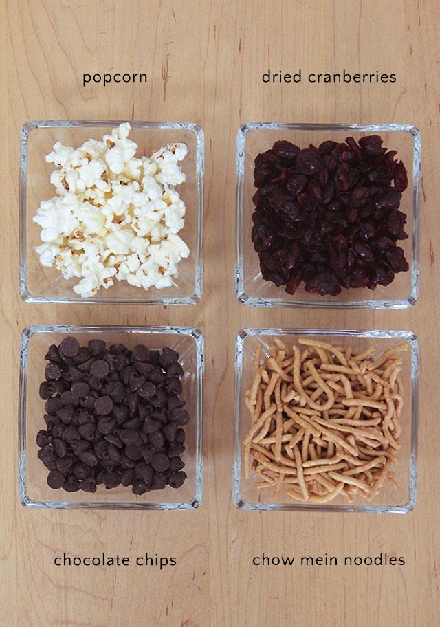 Popcorn trail mix recipe for family movie night