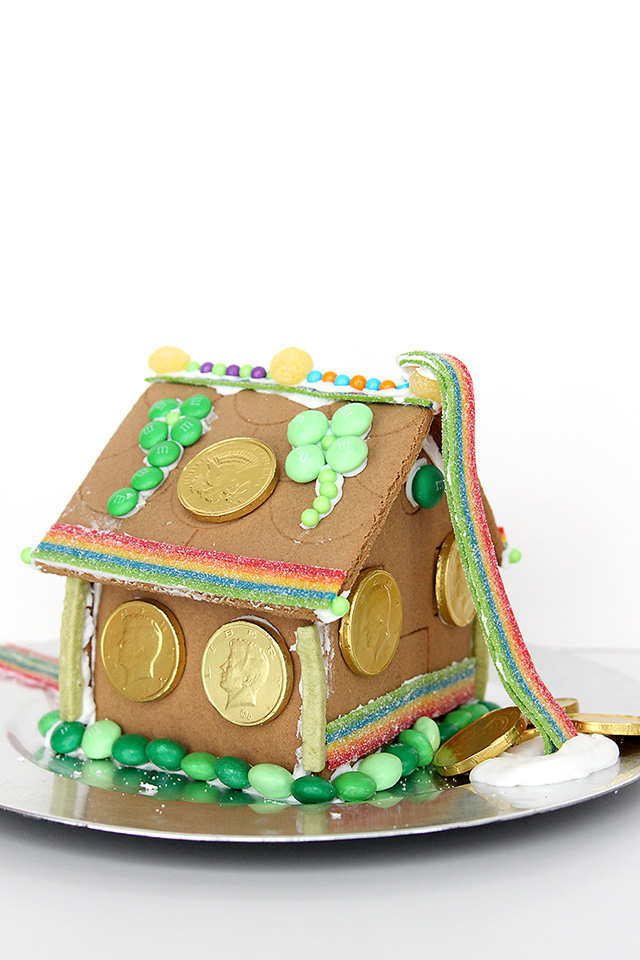 St. Patrick's Day Gingerbread House for Little Leprechauns | A Girl Named PJ