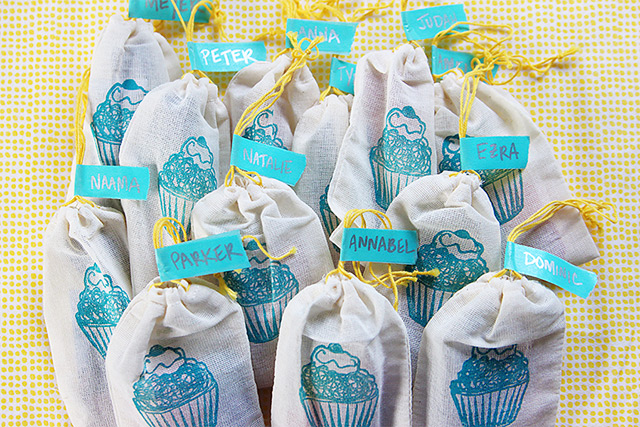 crayon party favor bags with washi tape labels - bunnyanddolly.com